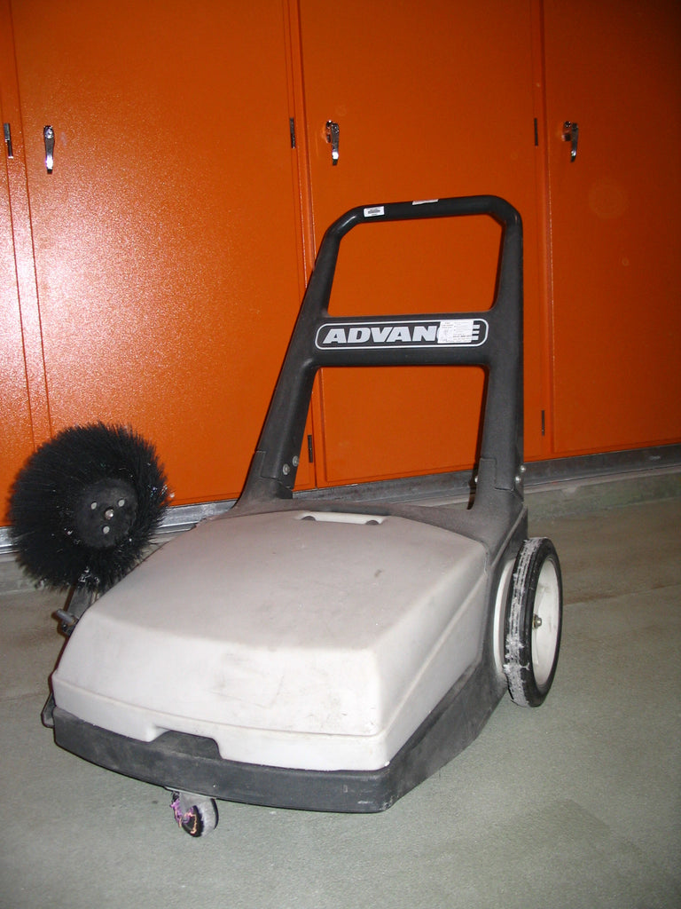Nilfisk SW650 Walk Behind Push Sweeper NOW OBSOLETE See Nilfisk SM800 - TVD The Vacuum Doctor