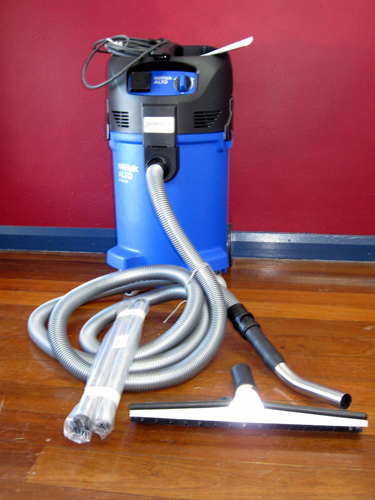 Nilfisk-ALTO ATTIX 50-21 XC Wet and Dry Vacuum Cleaner Superseded By Nilfisk VHS42 L40 MC