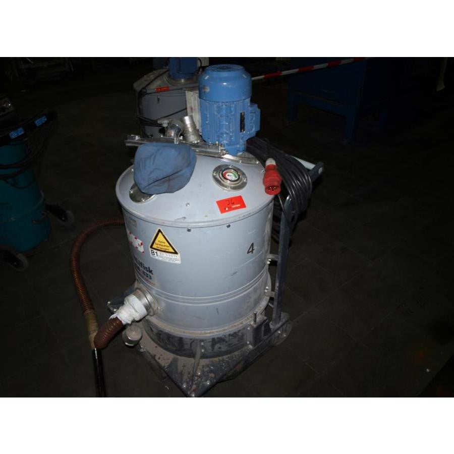 Nilfisk GB833 3 Phase Industrial Vacuum Cleaner Replaced By NilfiskCFM T22 - TVD The Vacuum Doctor