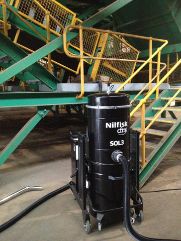 NilfiskCFM SOL3 2.2 kWatt 3 Phase Industrial Vacuum Cleaner Complete With Hose Kit