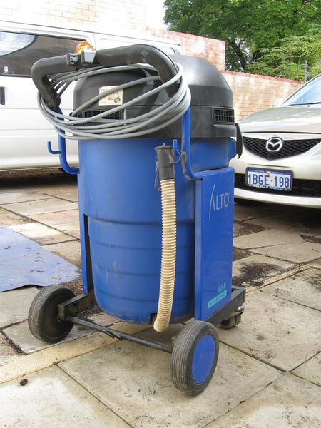 Nilfisk Alto Sq 850 11 Industrial Wet And Dry Vacuum