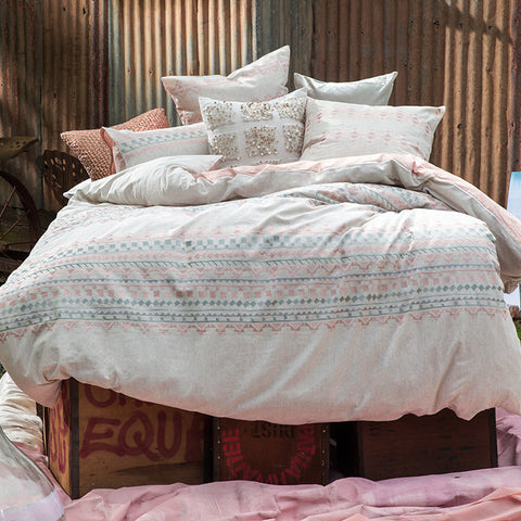 ALEXA BLUSH QUILT COVER SET