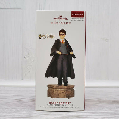 2019 Hallmark Harry Pottery Storytellers Ornament - Harry Potter