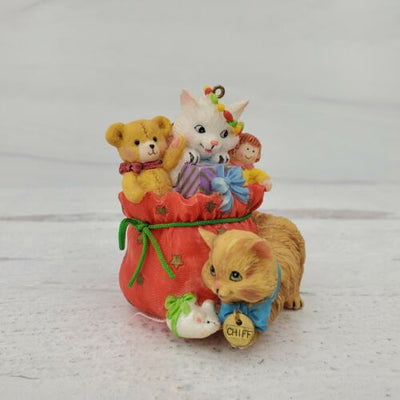 2000 Carlton Cards Merry Mischief Makers Cats Ornament #5 - Piglet's Closet