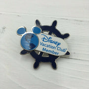 Disney Vacation Club Member Globe Ship Wheel Spinner Pin Lanyard Clip - Piglet's Closet