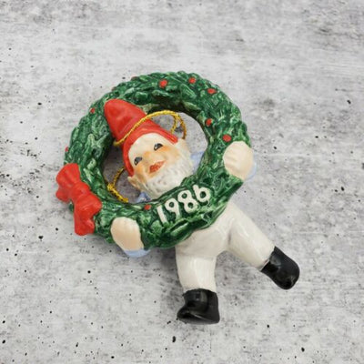 1986 Goebel West Germany Annual Christmas Tree Ornament Elf Wreath Figurine - Piglet's Closet