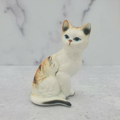 Vintage Enesco Taiwan Ceramic Calico Orange Tabby Cat Figurine Blue Eyes - Piglet's Closet