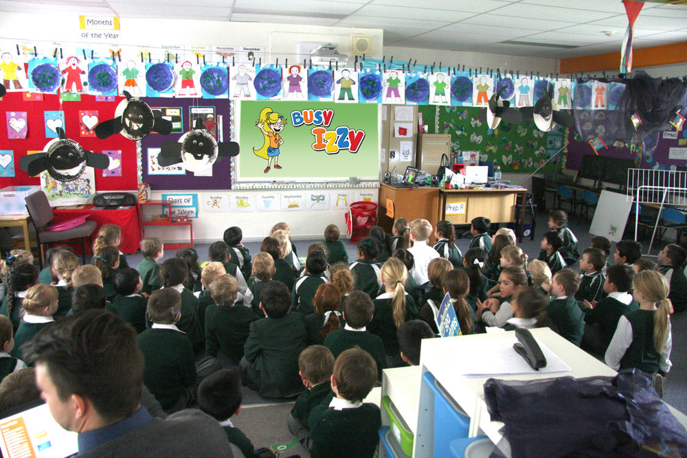 Busy Izzy's Roxanne Kiely and Stephen Kiely visit Pacific Hills school