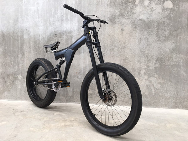 StrEEt CruisEr - Pre Loved - Matte black re-build