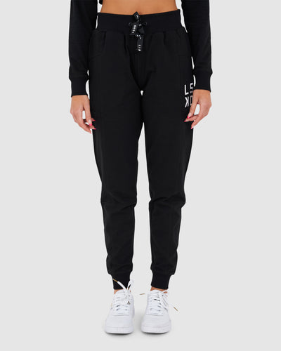 Form Trackpant - Black