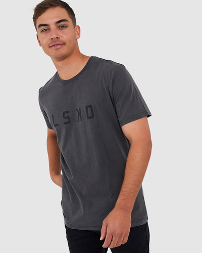 Structure Tee - Pilled Pigment Charcoal