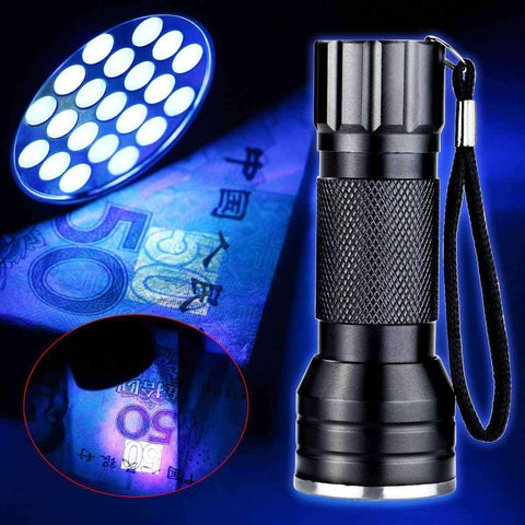Ultra Violet 21 LED Flashlight