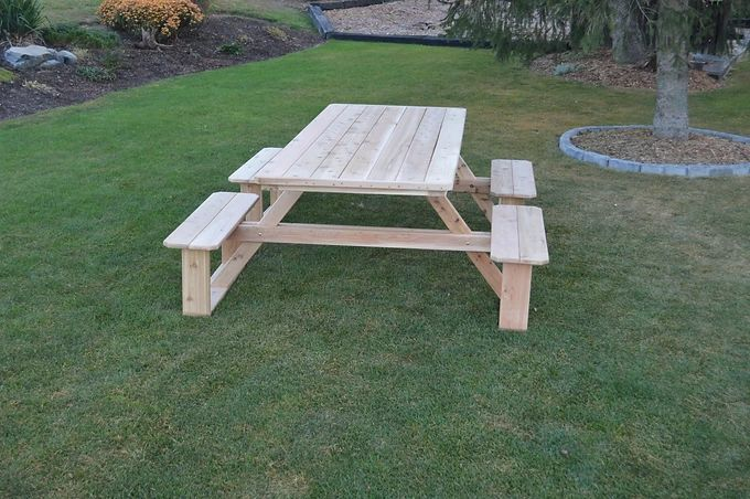 Outdoor Garden Furniture 8 Ft Walk-In Table