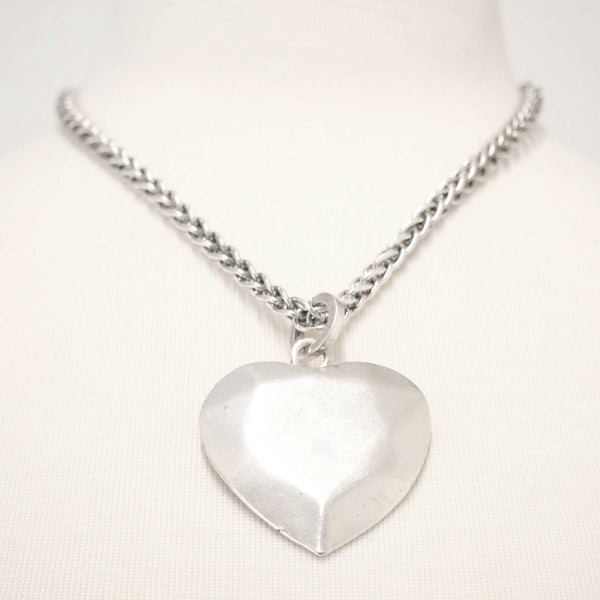 Chunky metal heart pendant necklace