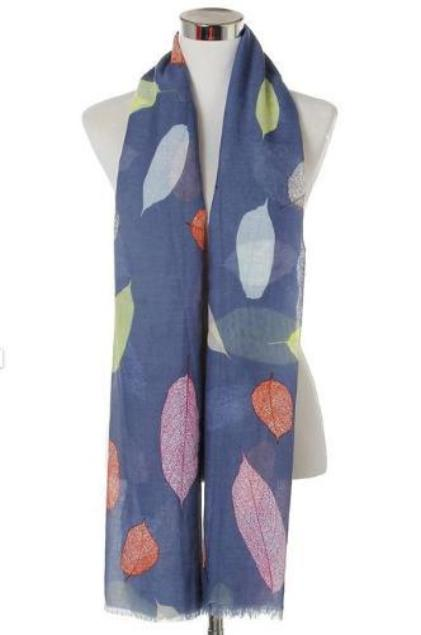 Detailed Leaf Print Frayed Scarf in Navy Blue