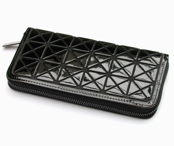 Triangle resin ladies black purse by Sarah Tempest.