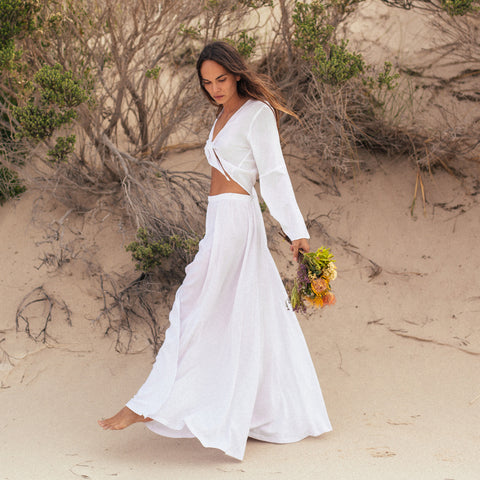 Earth Skirt in Pure White