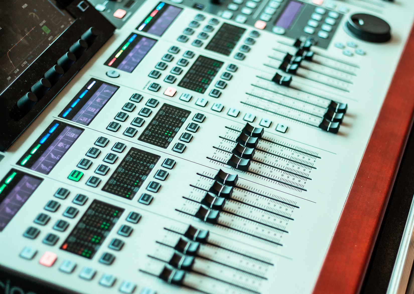 How Music Mixing Works