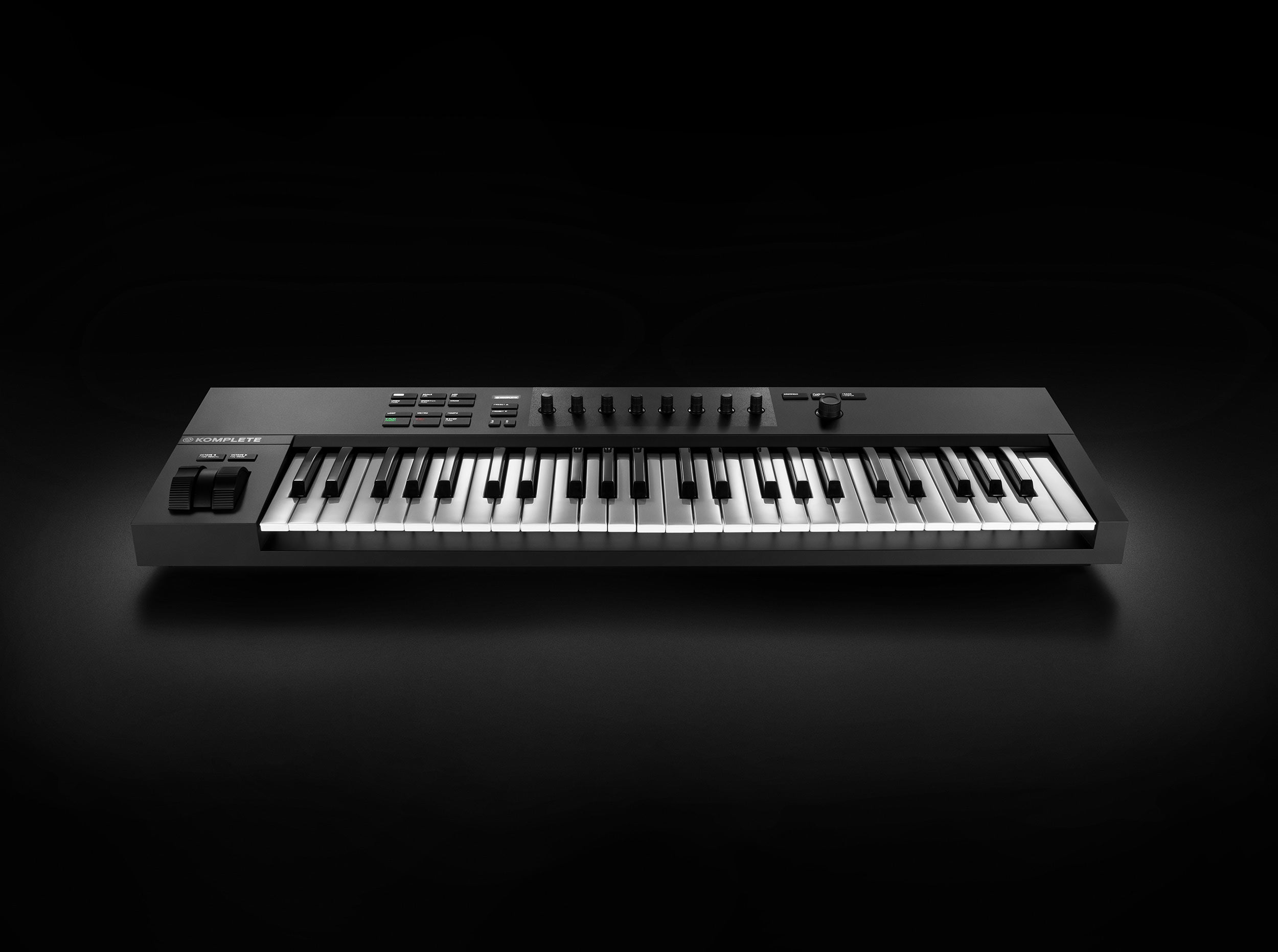 Native Instruments A Series Best MIDI Keyboards For Music Production