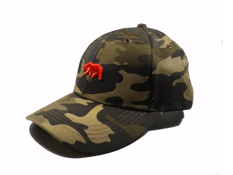 CAMOUFLAGE CAP IN RED