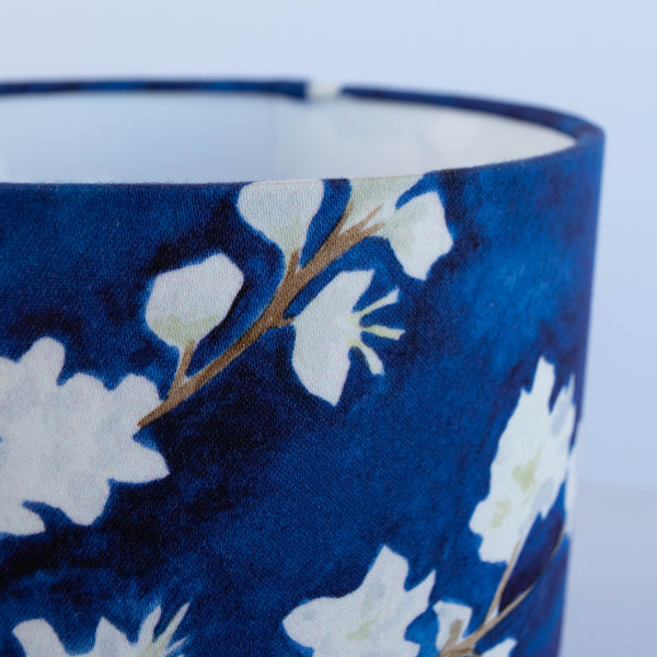 Midnight blossom 20cm drum lampshade close up