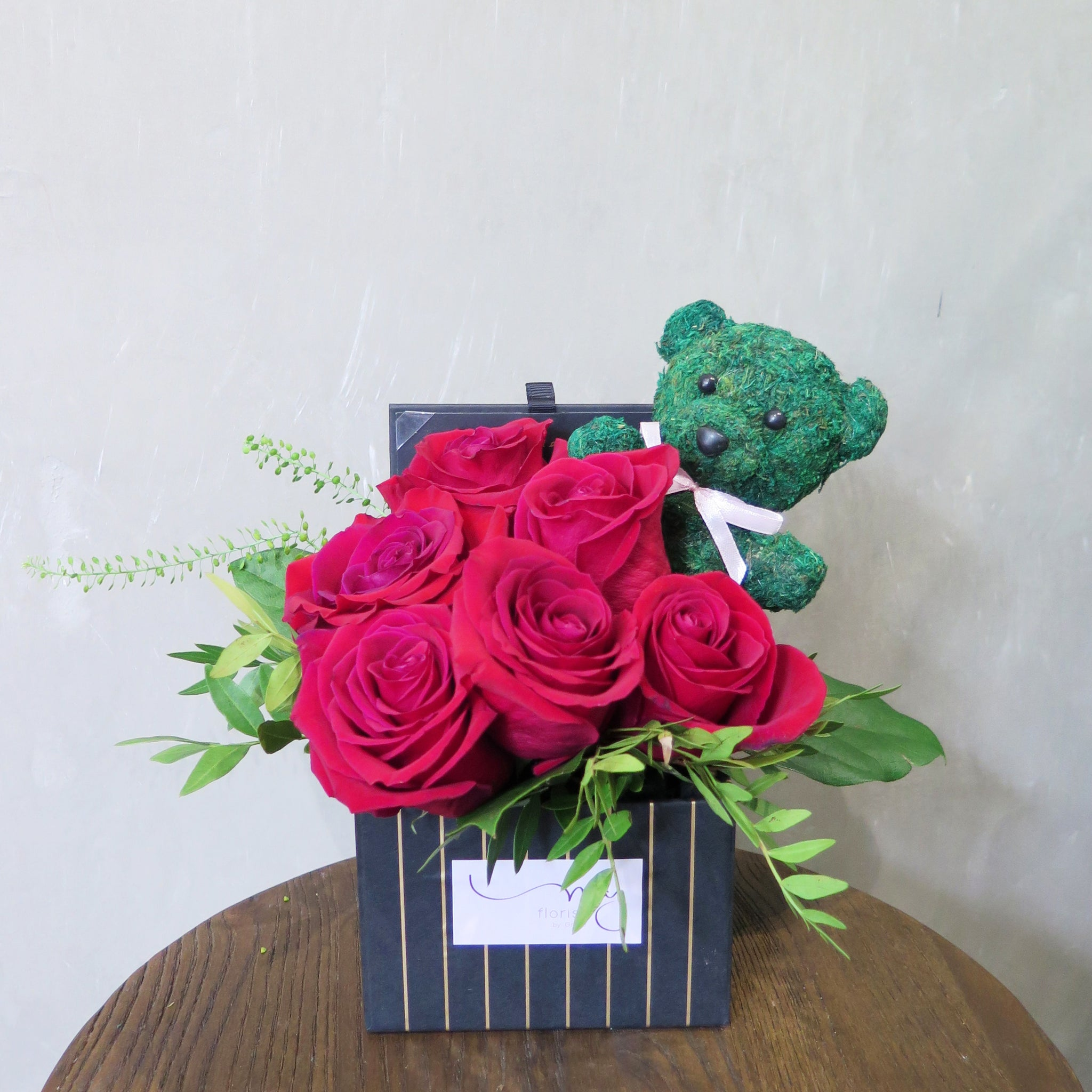Red Roses Flower box