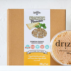 Katrin Zytomiersta Clean Eating Parmesan Crackers