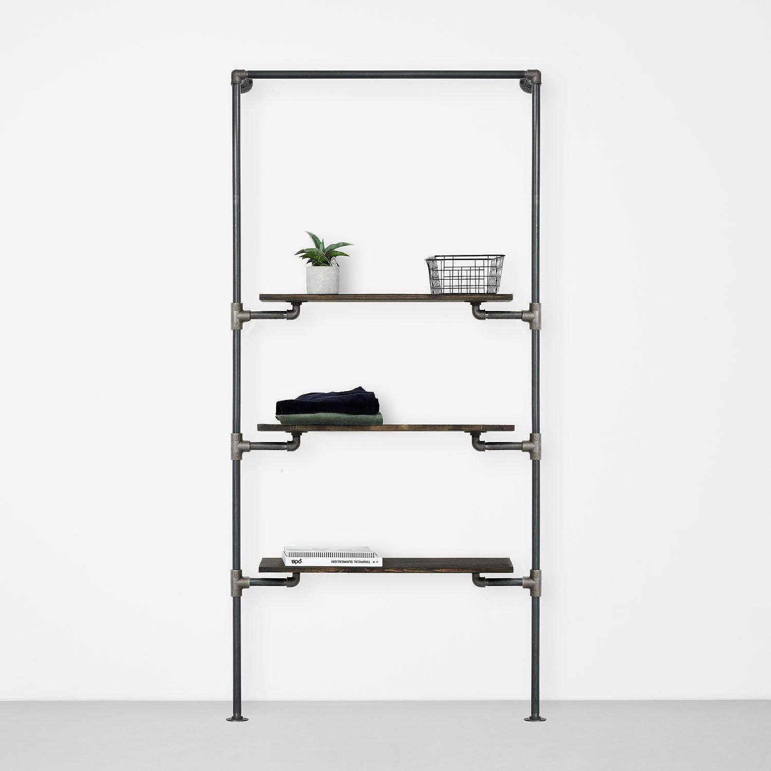 The Walk-In 1 Reihe Kleiderstangen System – (1 Stange + 3 Regale)