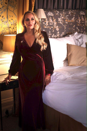 Luxury Velvet Bombshell Robe in Wine