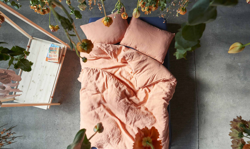 linen bed sheets - linus - coral - collab zürich