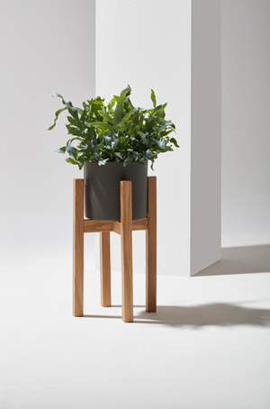 Open image in slideshow, plant stand - piano