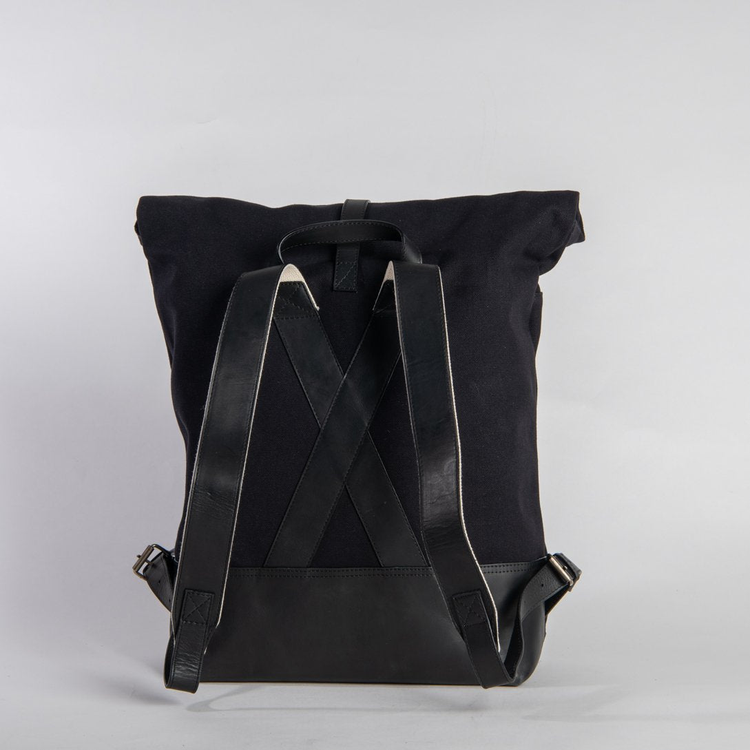 backpack - roll up - black / black