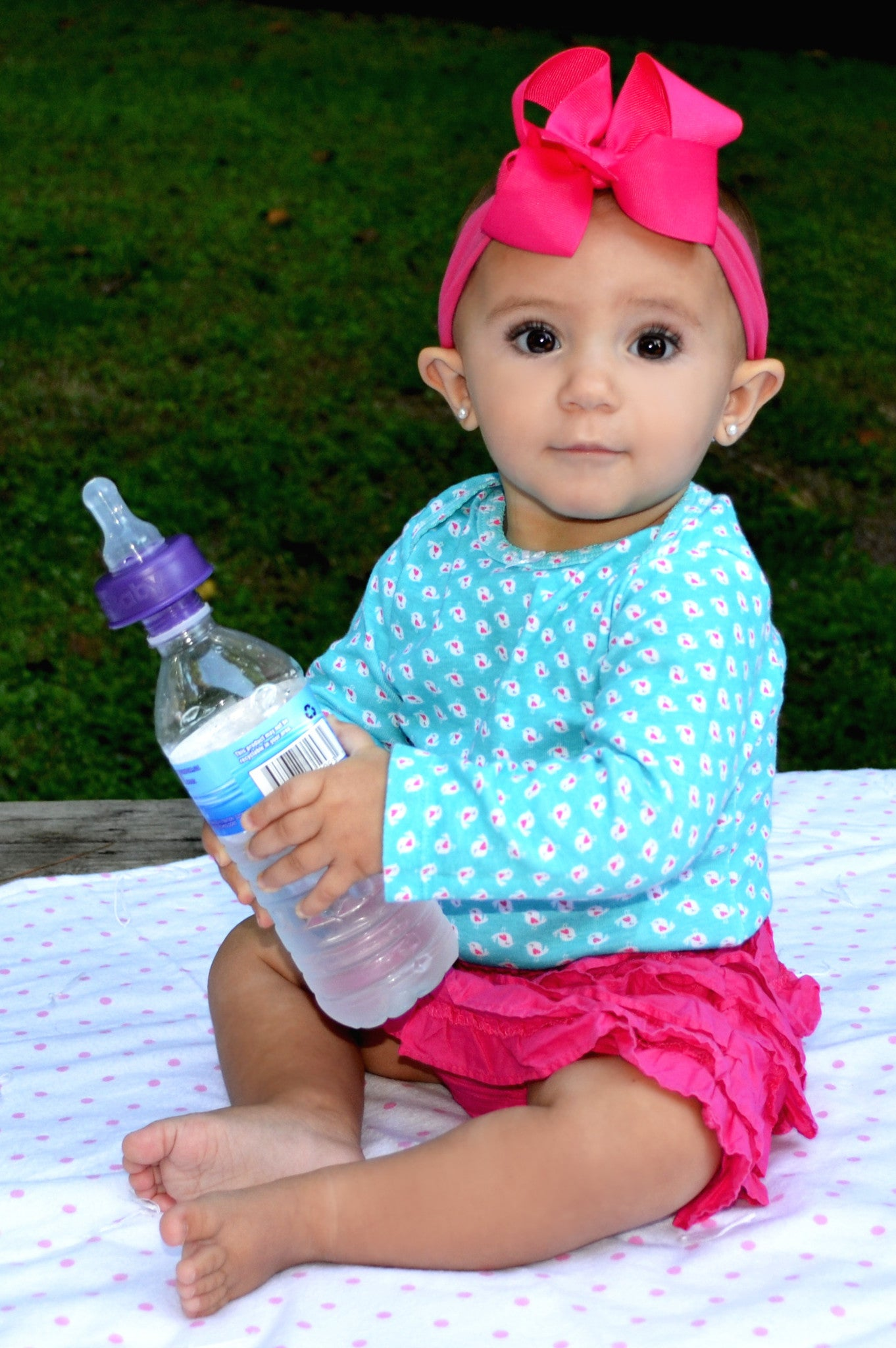 Refresh A Baby Turns Water Bottles Into Baby Bottles