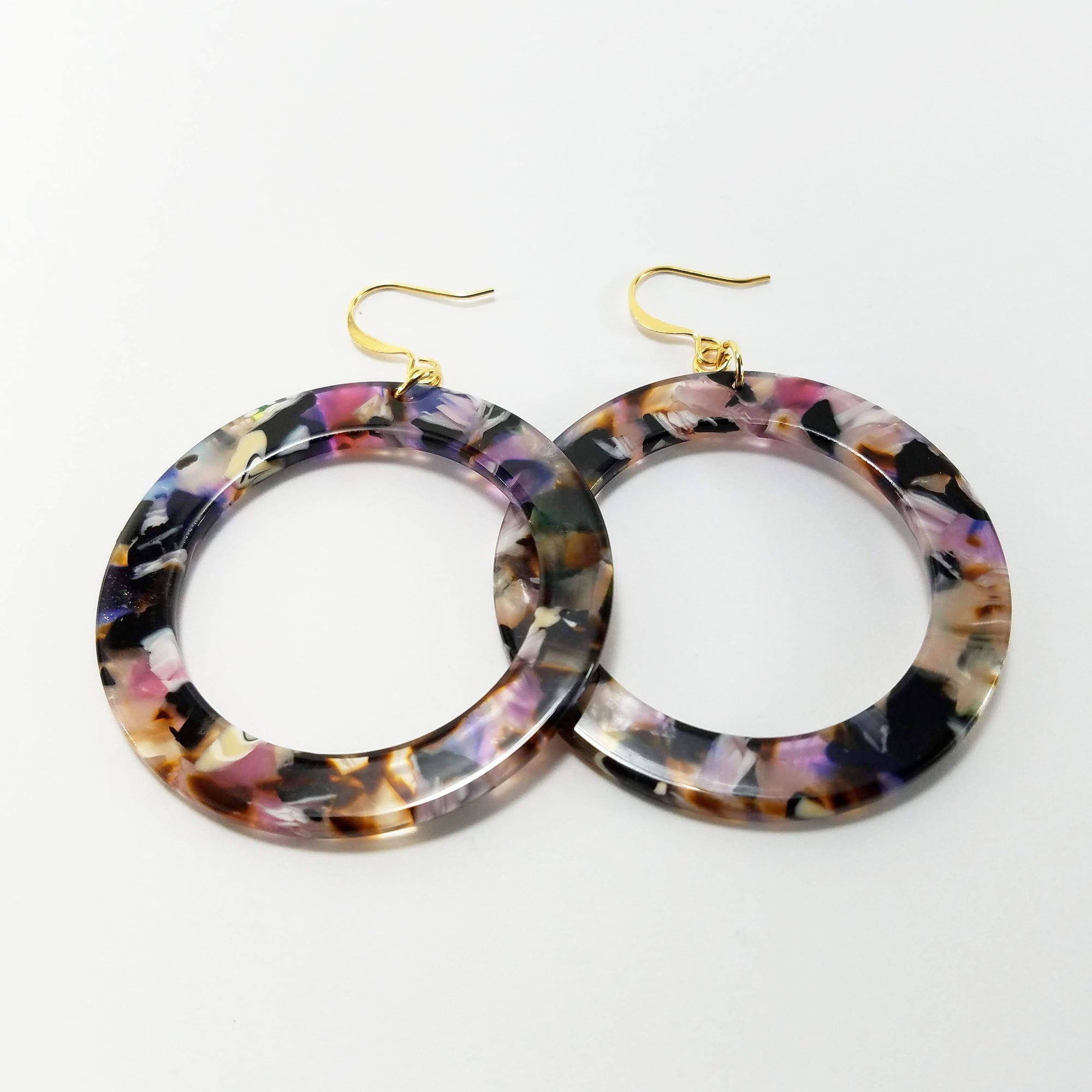 Verdier Jewelry Italian Amore Hoop Earrings