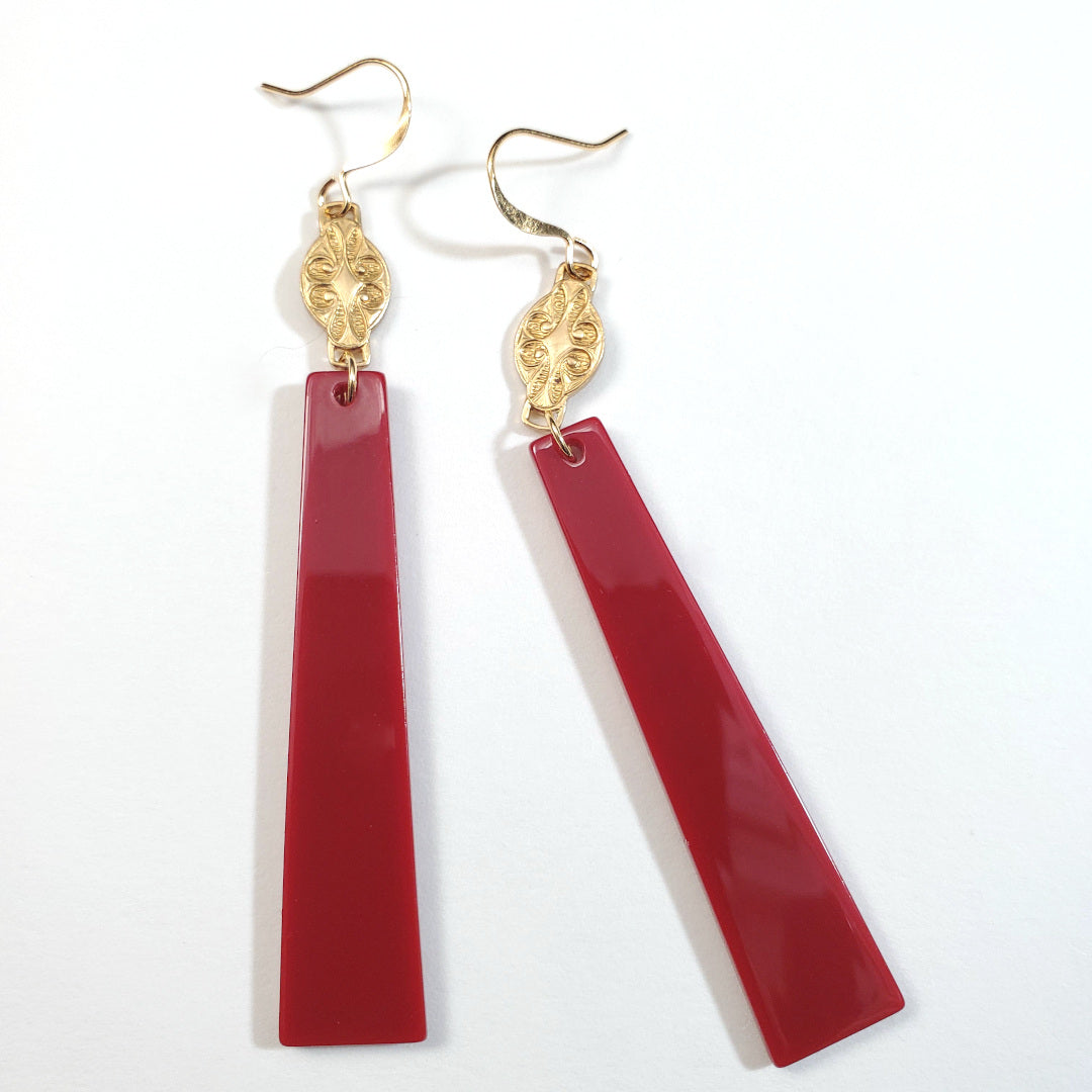 Vintage Lipstick Lucite Drop Earrings