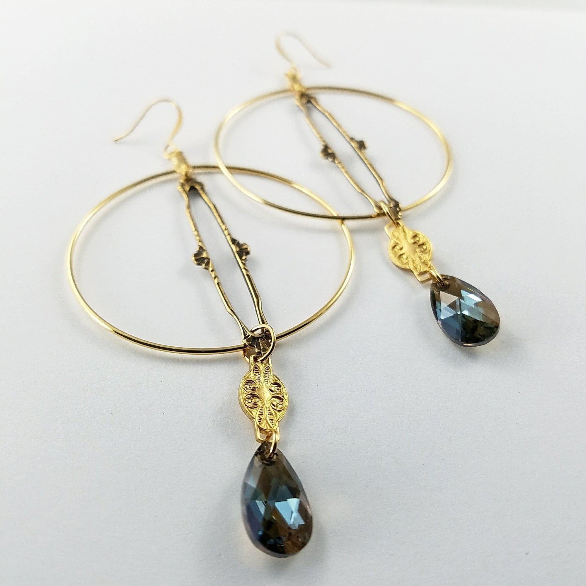 Verdier Jewelry Vintage Ivy Pendant Hoop Earrings