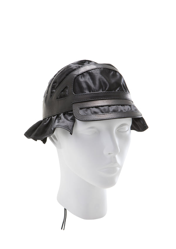 Labyrinth bucket Hat