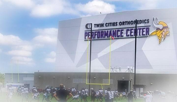 Toups Visits Vikings-Jags Practice and is Floored by Team and New Facilities (MinnesotaSportsFan.com)