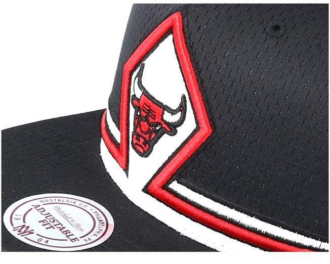 Mitchell & Ness Hats OSFM / Black Chicago Bulls Mitchell & Ness Men's Black Jersey Snapback Hat