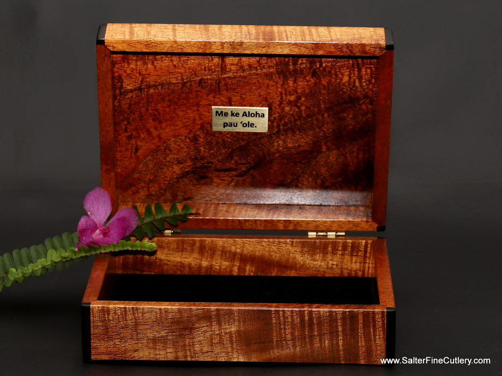 7 x 5 inch keepsake box with custom engraving from Salter Fine Cutlery of Hawaii