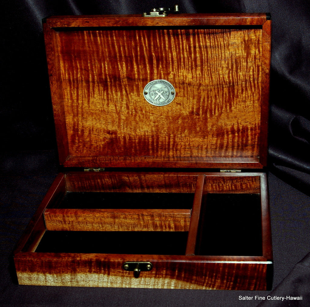Custom order keepsake box with removable interior dividers