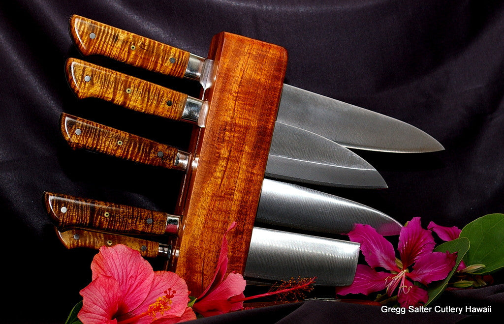VG10 stainless steel Japanese chef knife set in stand