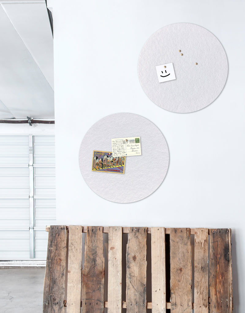 Circle Pinboard, Small in White