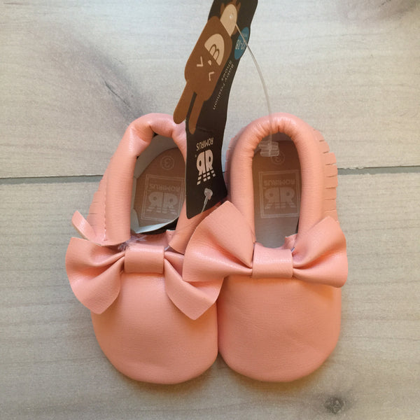 NEW Romirus Pink Faux Leather Moccasins