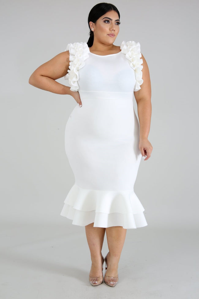 "Plus Size ""Rumba"" Ruffle Mermaid Midi Dress - Ivory"