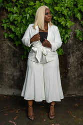 "Plus Size ""She Knows Her Worth"" Linen Pant Suit - White"