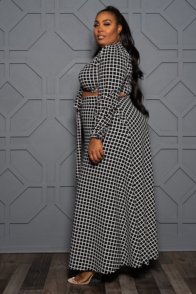 "Plus Size ""Off the Grid"" Crop Skirt Set - Black White"