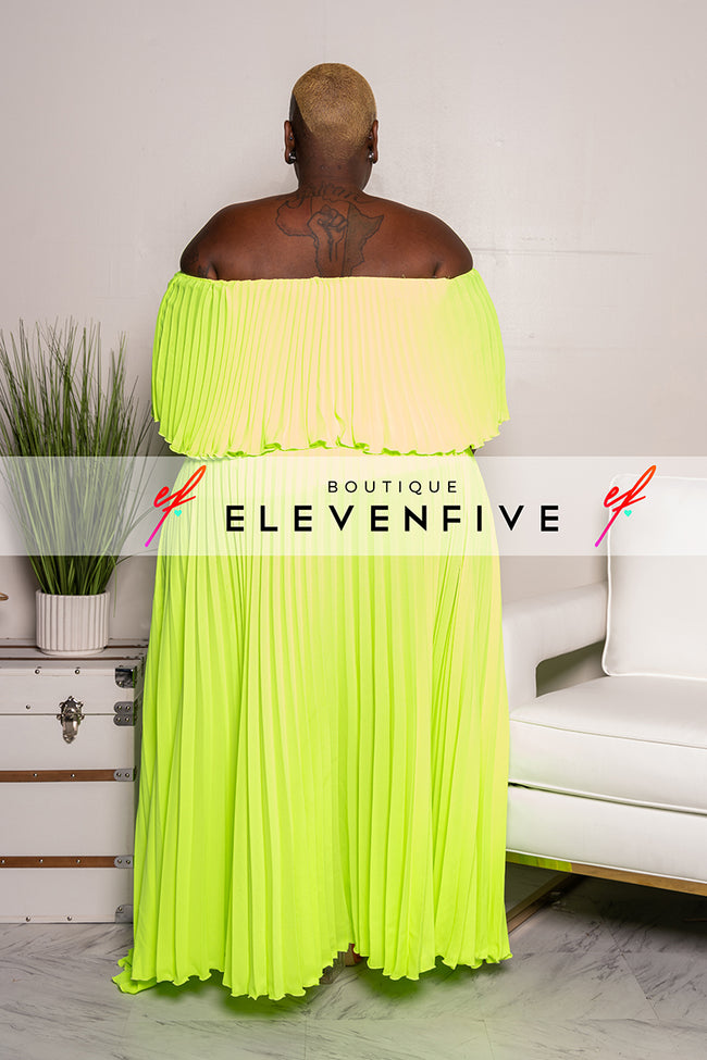 "Plus Size ""Maxed Out"" Off Shoulder Maxi Dress - Banana Yellow"