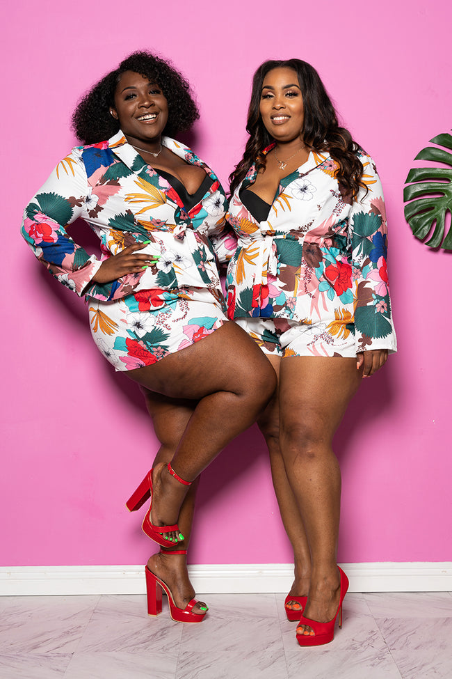 "Plus Size ""2 Sistas"" Floral Short Set - White Multi"