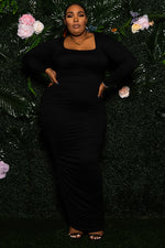 """Heart Throb"" Ruched Maxi Dress - Black"